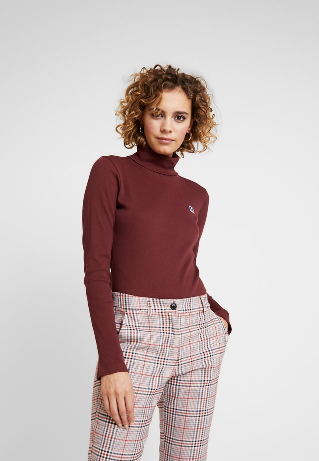 PIPER CROP TURTLE NECK  - Topper langermet - tawny port