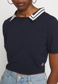 Russell Athletic Eagle R - STATE - Polo shirt - navy - 5