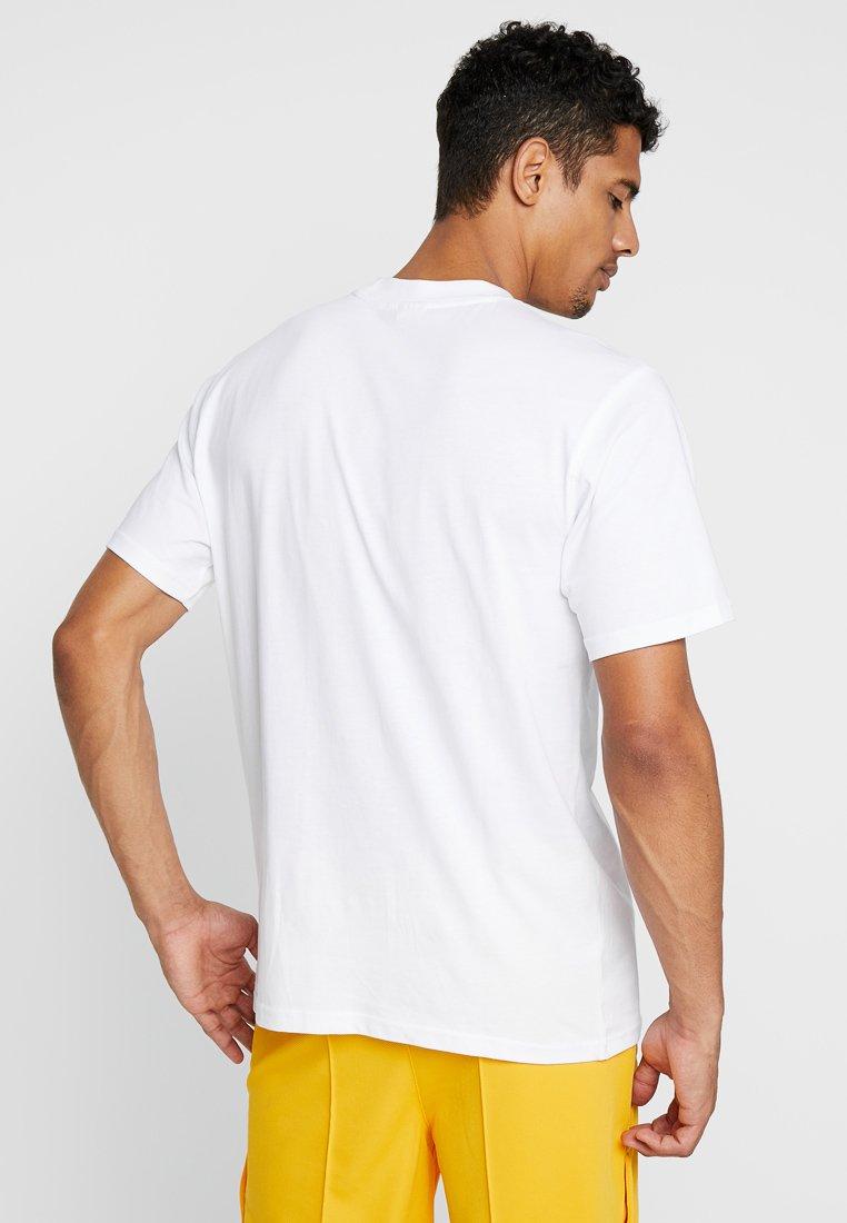 Baseliners White shirt Athletic Russell R Eagle TeeT Basic 7bfgY6yv