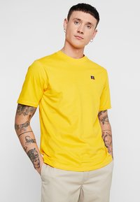 Russell Athletic Eagle R - BASELINERS TEE  - T-Shirt basic - yellow - 0