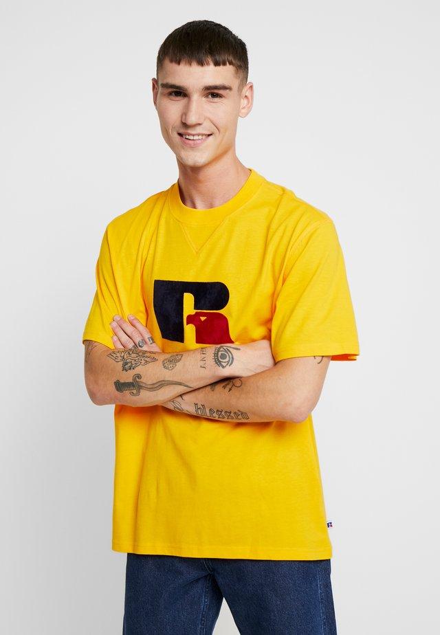 JERRY - T-Shirt print - yellow