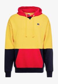 Russell Athletic Eagle R - MILLER - Bluza z kapturem - yellow - 4