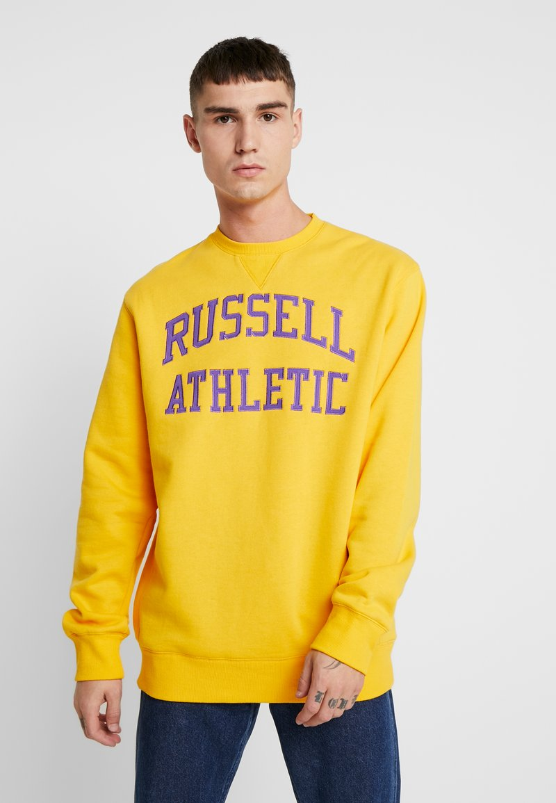 Russell Athletic Eagle R - ICONIC CREW NECK - Sweatshirt - yellow