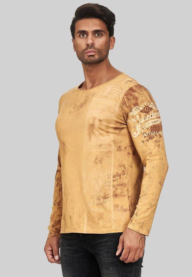 MIT COOLEM PRINT - Long sleeved top - camel