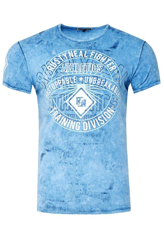 MIT MODERNEM PRINT - Print T-shirt - blau