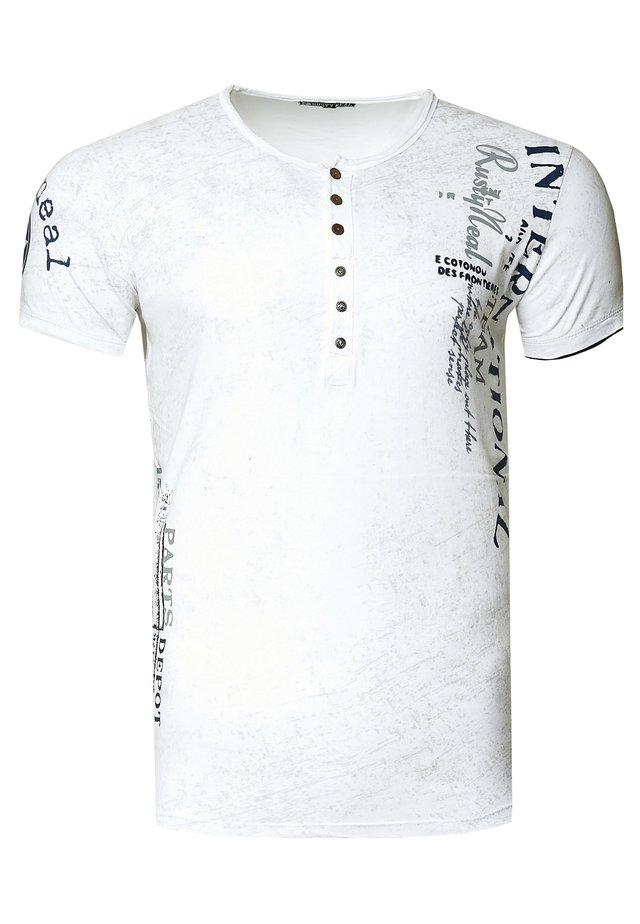MIT SEITLICHEM DRUCK - T-shirt print - weiß