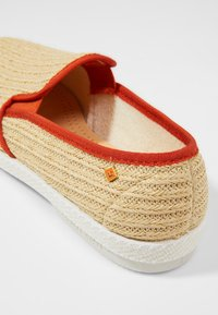 RIVIERAS - DUDE - Espadrilles - beige/orange - 5