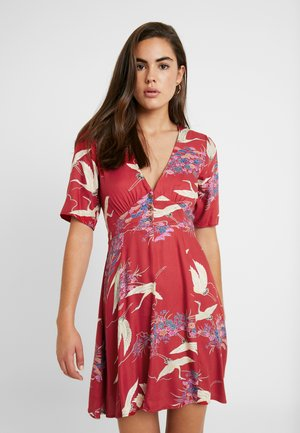 CRANES DRESS - Robe chemise - red