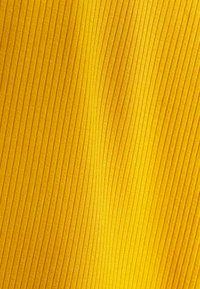 RVCA - DRESS - Robe fourreau - amber - 2
