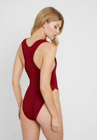 RVCA - FADE OUT CHEEKY ONEPIECE - Baddräkt - wine - 2