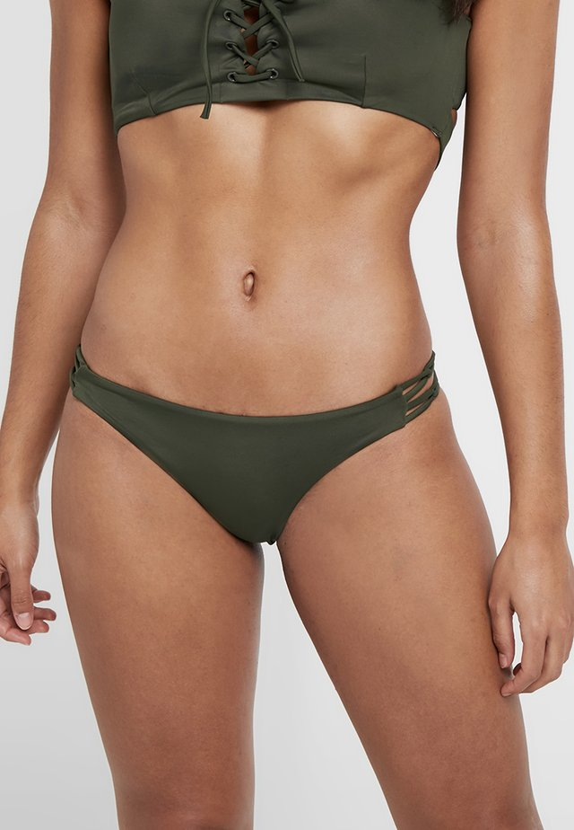 SOLID MEDIUM LOOP - Bikinialaosa - forest
