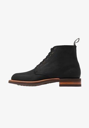 RICKABY - Šněrovací kotníkové boty - black