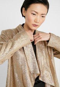 Rachel Zoe - LENA JACKET - Blazere - light gold - 6