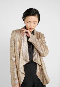 Rachel Zoe - LENA JACKET - Blazere - light gold - 3