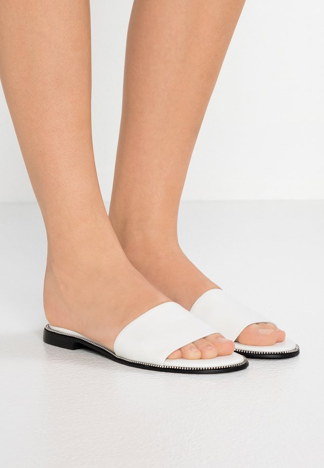 GILLY SLIDE - Mules - marzipan