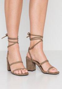Senso - OLLY  - High heeled sandals - espresso - 0