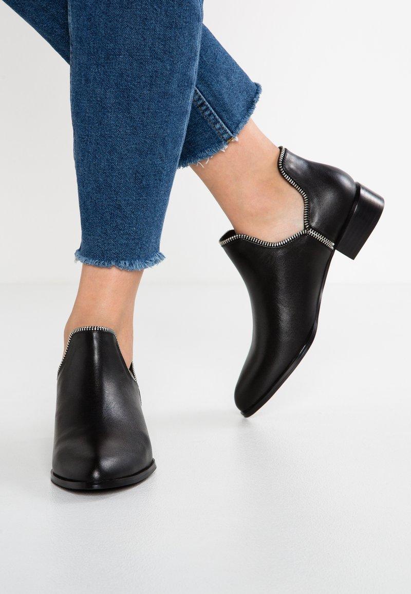 Senso - BAILEY VII - Ankle Boot - ebony
