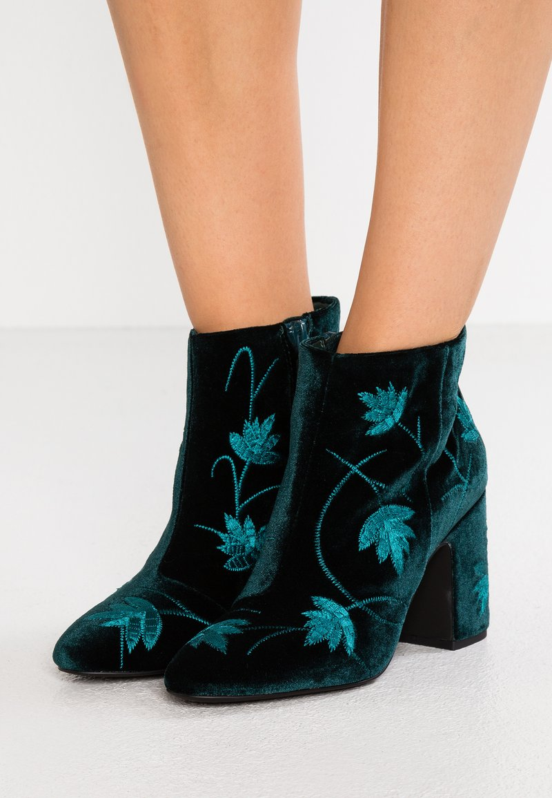 Senso - JULIA - Ankle boots - emerald