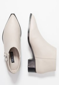 Senso - LIONEL - Ankle boots - chalk - 3