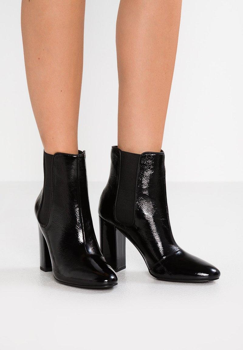 Senso - XIO  - High Heel Stiefelette - ebony