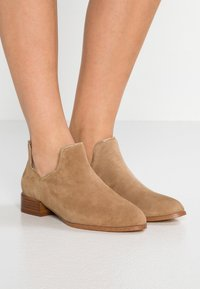 Senso - BAILEY  - Ankle boots - toffee - 0