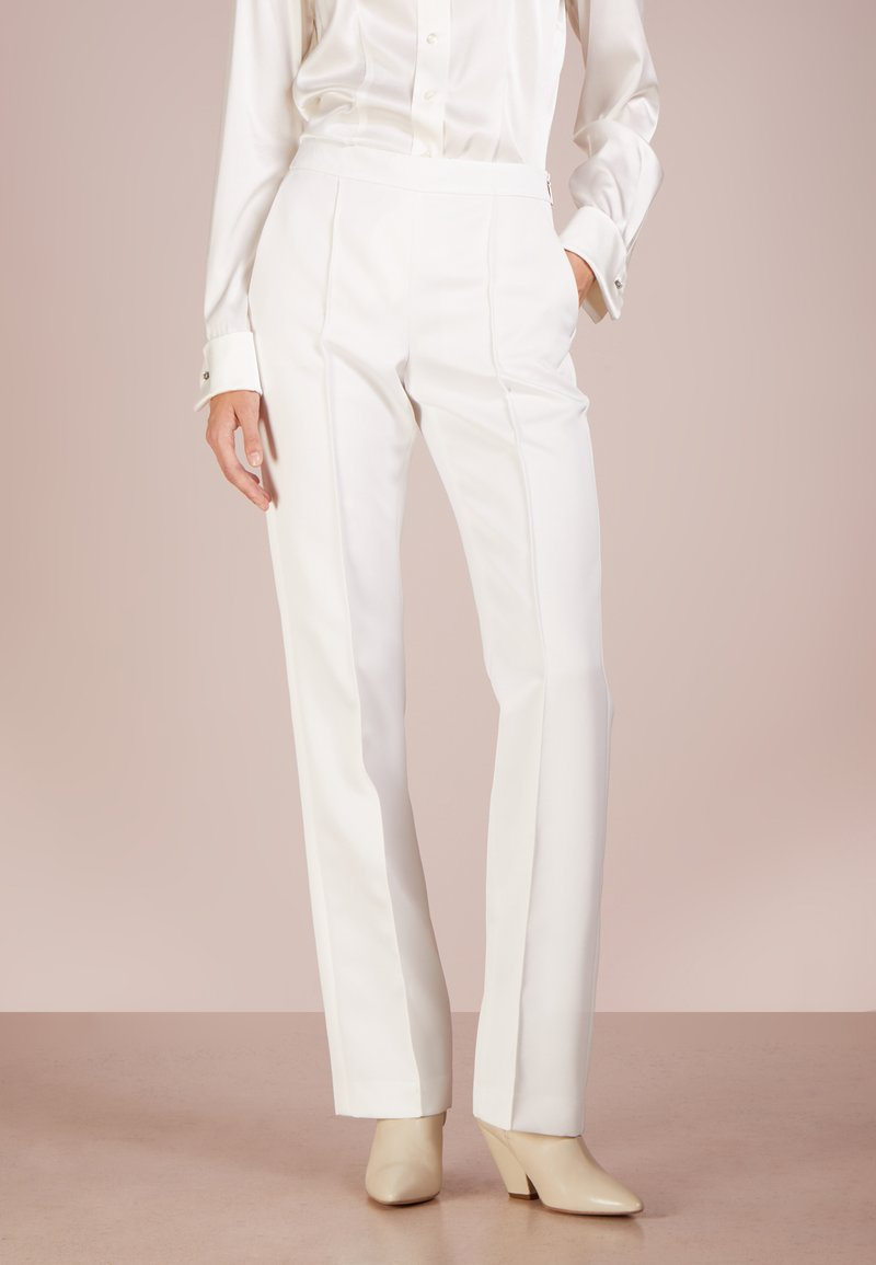 Strenesse - PANTS POPEY - Trousers - offwhite