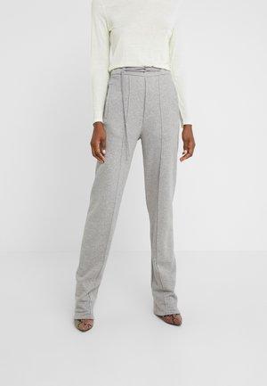 PANTS - Teplákové kalhoty - grey melange