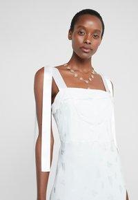 Strenesse - DRESS - Společenské šaty - mint - 3