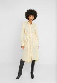 Strenesse - DRESS - Košilové šaty - vanilla - 0