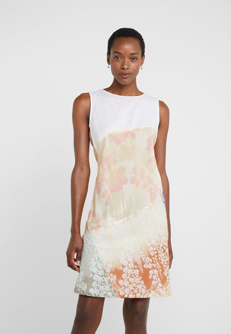 Strenesse - DRESS - Denní šaty - ecru