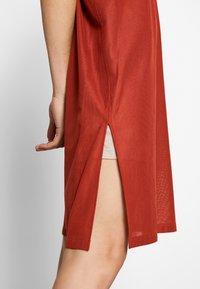 Strenesse - DRESS DALENA - Denní šaty - umber - 5