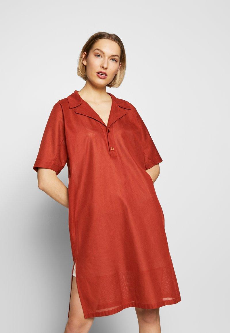 Strenesse - DRESS DALENA - Denní šaty - umber