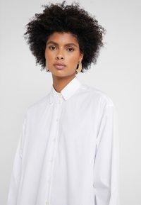 Strenesse - BLOUSE - Overhemdblouse - optic white - 4