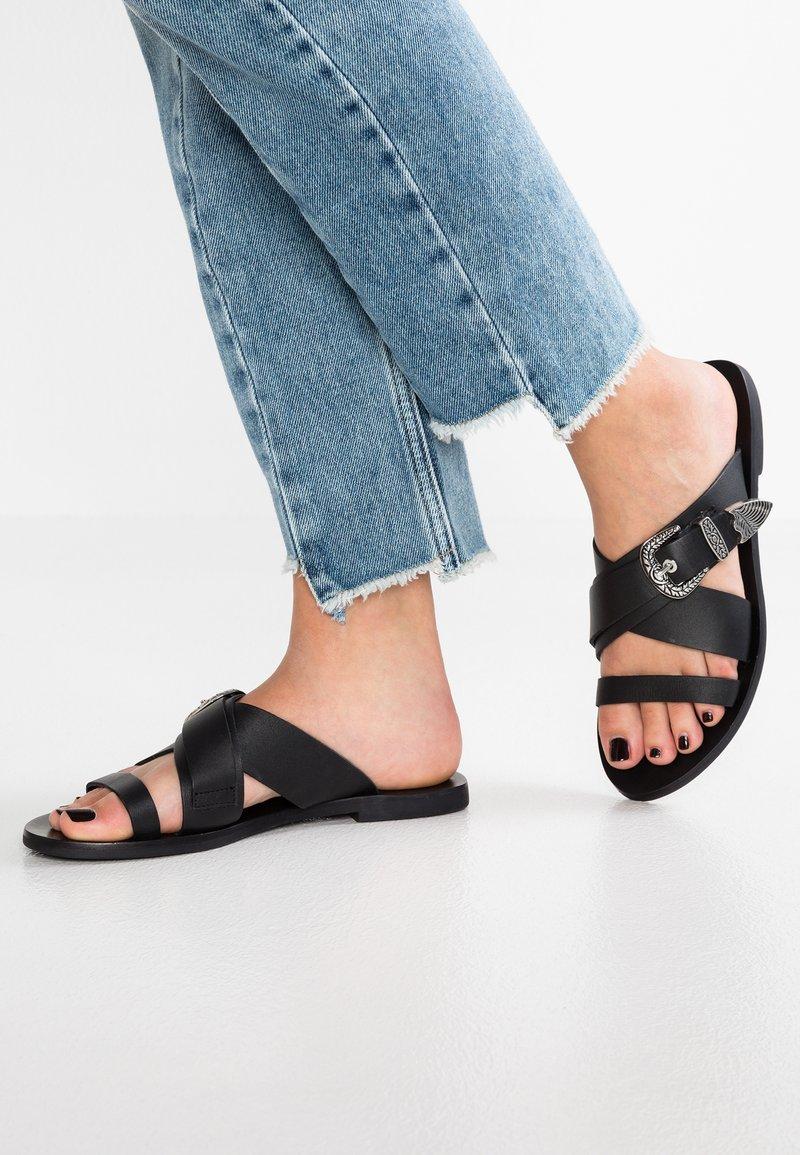 Sol Sana - CASSIDY SLIDE - Pantolette flach - black