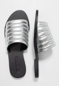 Sol Sana - TORO SLIDE - Mules - metallic silver - 3