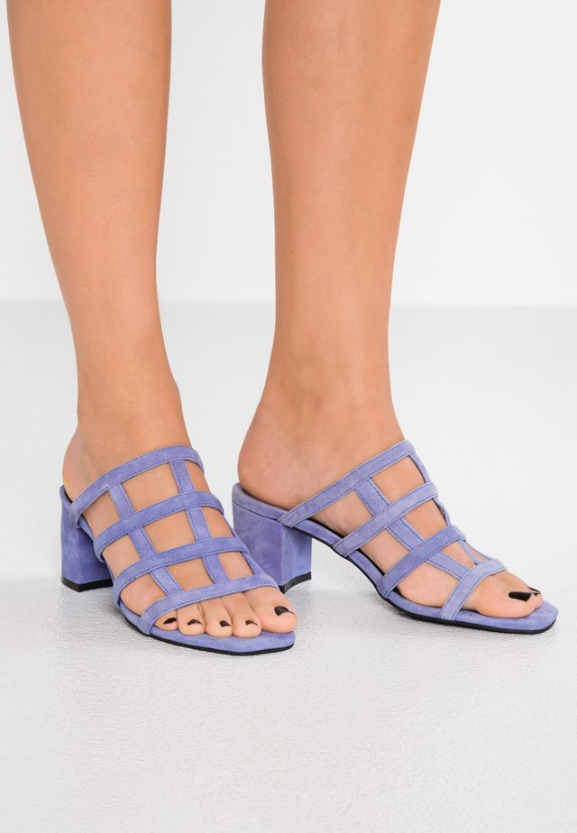 SPENCER MULE - Heeled mules - azure