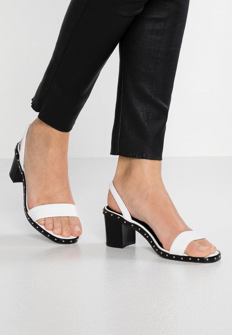 Sol Sana - NADIA HEEL - Sandals - white