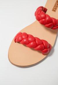 Sol Sana - VERA SLIDE - Mules - strawberry - 2