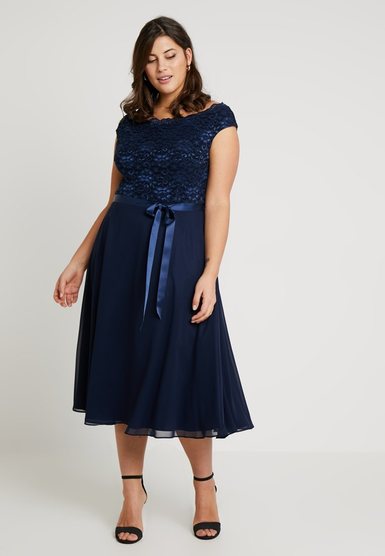 Swing Curve - EXCLUSIVE BARDOT FIT AND FLARE DRESS - Cocktailkjoler / festkjoler - navy
