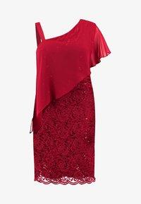 Swing Curve - EXCLUSIVE SWING ONE SHOULDER OVERLAY DRESS - Vestido de cóctel - dark red - 5