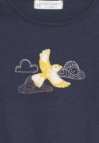 Sense Organics - AWINITA - T-shirt à manches longues - navy - 3