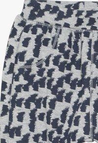 Sense Organics - ZOLA BABY PANT - Pantalones - grey melange - 3