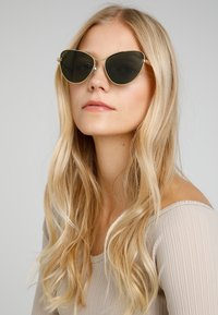 Stella McCartney - Sunglasses - gold/green - 1