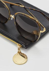 Stella McCartney - Sonnenbrille - havana/gold/brown - 2
