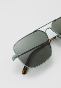 Stella McCartney - Sunglasses - green - 2