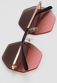 Stella McCartney - Gafas de sol - gold-coloured/brown - 2