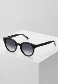 Stella McCartney - Sunglasses - black/grey - 0