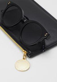 Stella McCartney - Sunglasses - black/grey - 3