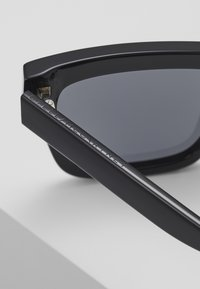 Stella McCartney - Sunglasses - black smoke - 5