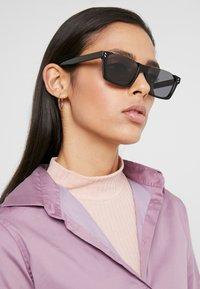 Stella McCartney - Sunglasses - black/smoke - 3